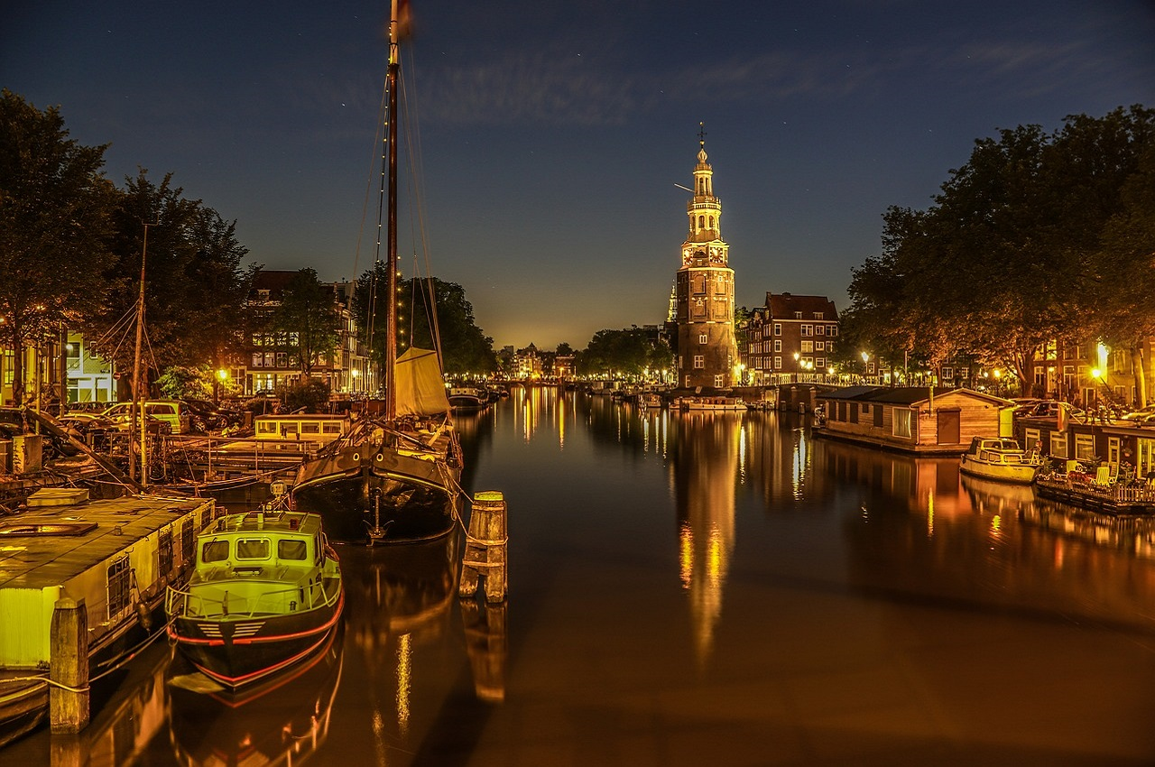 Amsterdam Hotels Somedayholiday Com